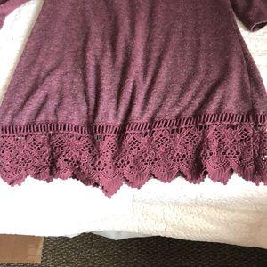 A knit quarter sleeve Dress